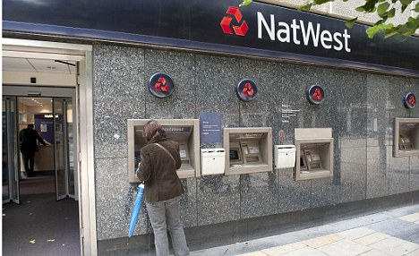 24.6.2012 pic David Crump. NatWest Bank King St Hammersmith open on sunday.